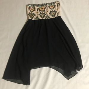 ALMOST FAMOUS STRAPLESS DRESS SIZE LARGE
